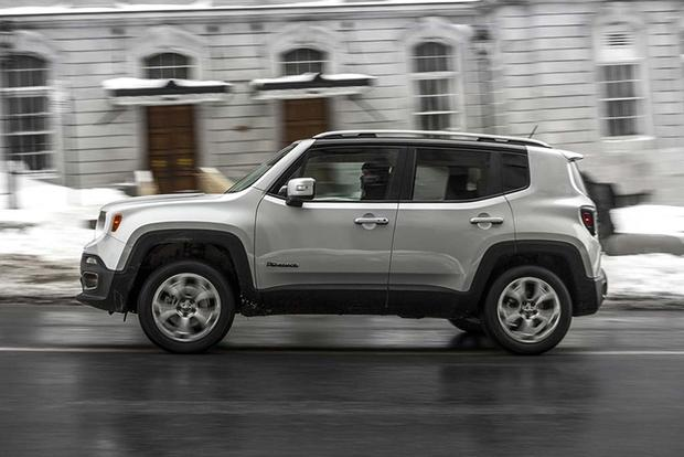 2016 Honda Hr V Vs 2016 Jeep Renegade Which Is Better