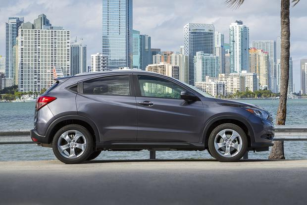 2017 Honda Hr V New Car Review Featured Image Large Thumb2