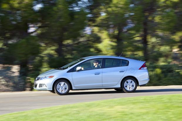 2014 Honda Insight: New Car Review featured image large thumb2