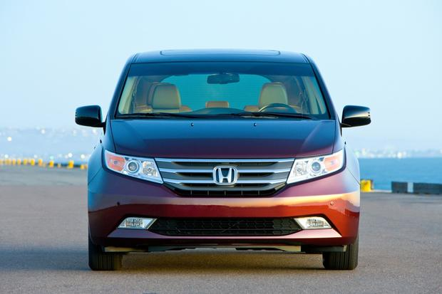 2013 Honda Odyssey: New Car Review featured image large thumb1