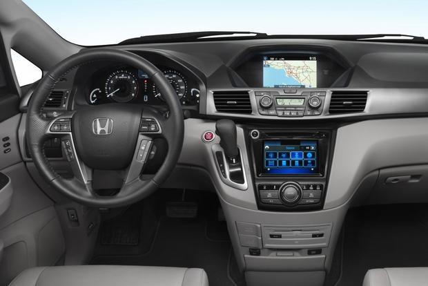 Honda Odyssey Ex L Vs Touring >> 2013 vs. 2014 Honda Odyssey - Autotrader