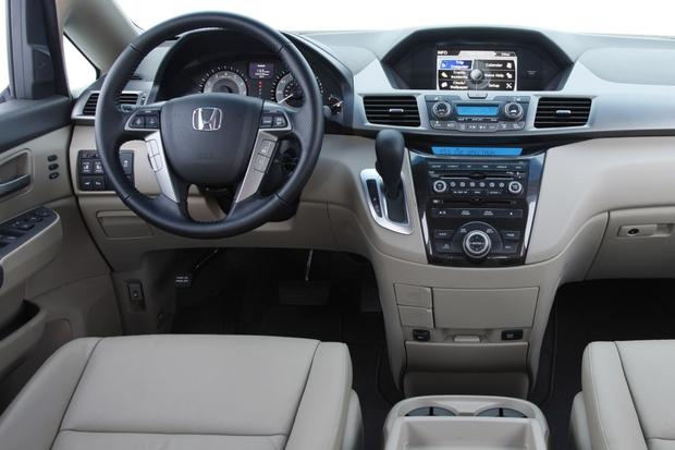 2013 Vs. 2014 Honda Odyssey Featured Image Large Thumb10