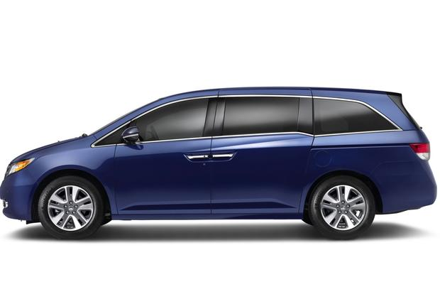 2014 Honda Odyssey: New Car Review featured image large thumb3