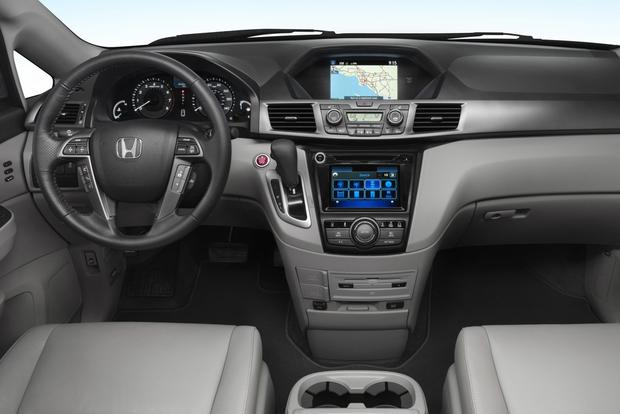2014 Honda Odyssey: New Car Review featured image large thumb5