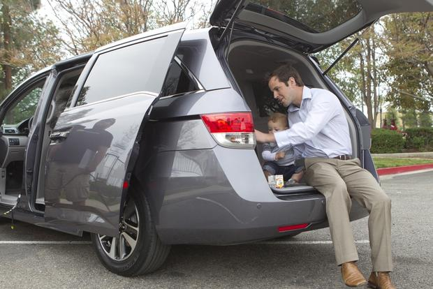 2014 Honda Odyssey: New Car Review featured image large thumb0