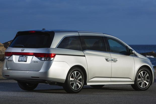 2014 Honda Odyssey: Used Car Review featured image large thumb1