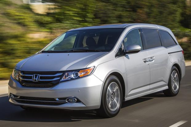 2014 Honda Odyssey: Used Car Review featured image large thumb0