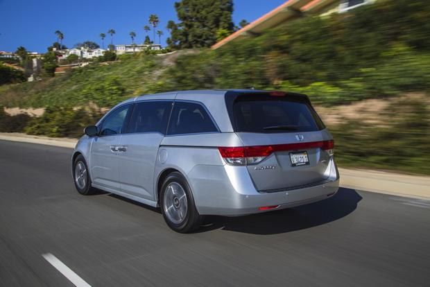 2014 Honda Odyssey: Used Car Review featured image large thumb5