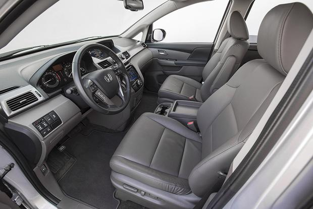 2016 Honda Odyssey: New Car Review featured image large thumb4