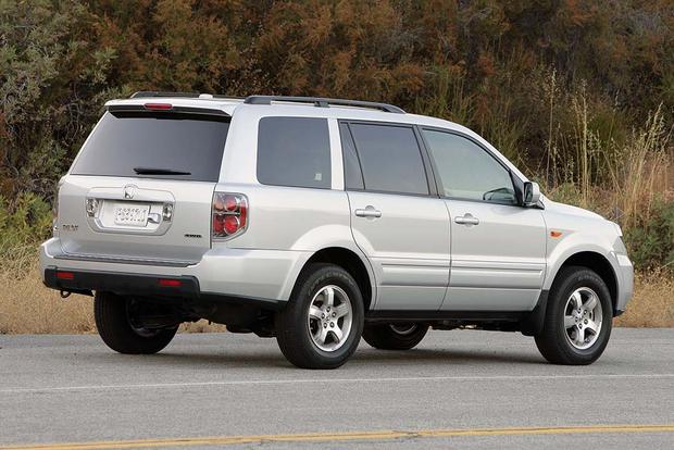 2003-2008 Honda Pilot vs. 2001-2007 Toyota Highlander: Which Is Better? featured image large thumb3