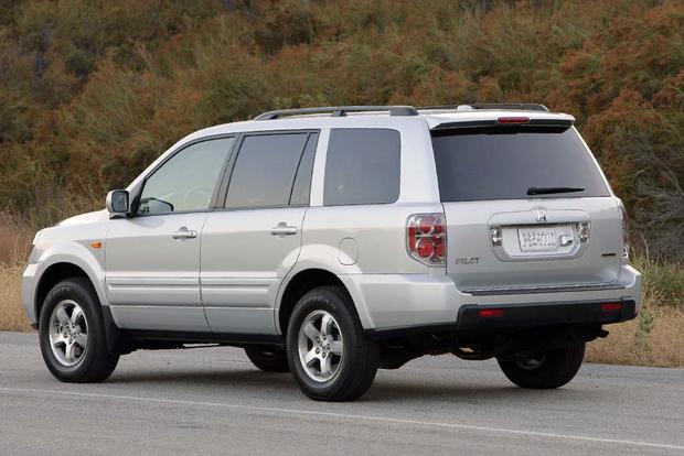 2003 2008 Honda Pilot Vs. 2001 2007 Toyota Highlander: Which Is Better