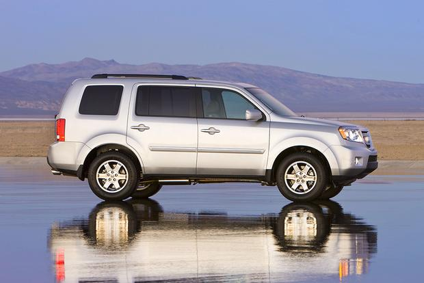 2009 Honda Pilot Used Car Review Featured Image Large Thumb1