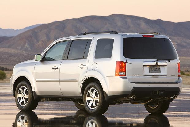 2009 Honda Pilot: Used Car Review Featured Image Large Thumb2