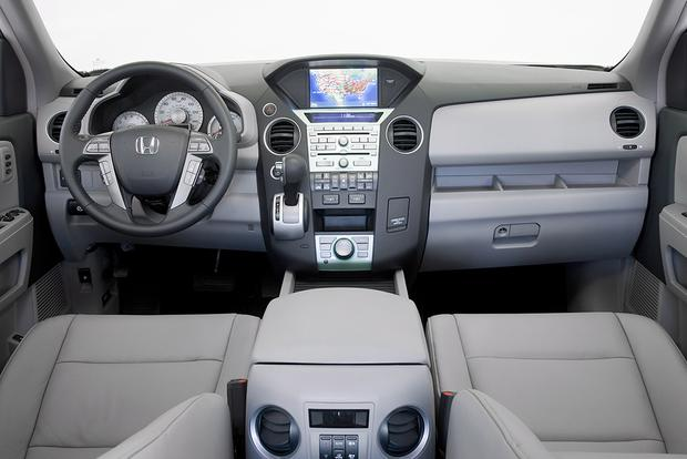2009 Honda Pilot: Used Car Review Featured Image Large Thumb4