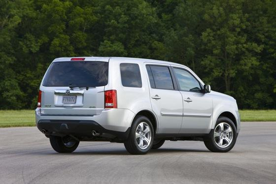 Honda Tweaks Pilot SUV for 2012 featured image large thumb14