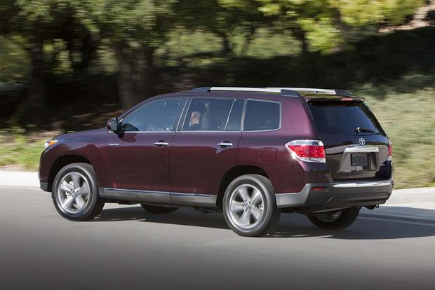 2008-2013 Toyota Highlander vs. 2009-2015 Honda Pilot: Which Is Better? featured image large thumb5