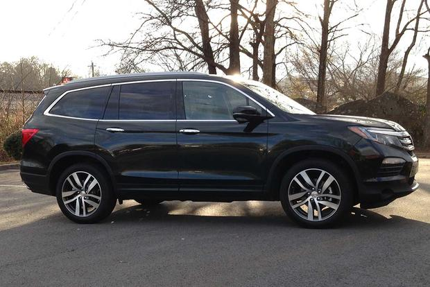 2016 Honda Pilot: The Way It Drives featured image large thumb0