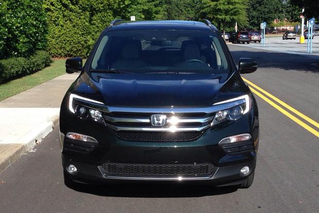 2016 honda pilot vs 2015 toyota highlander which is for Honda crv vs toyota highlander