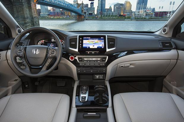 2016 Honda Pilot vs. 2015 Toyota Highlander: Which Is Better? featured image large thumb7