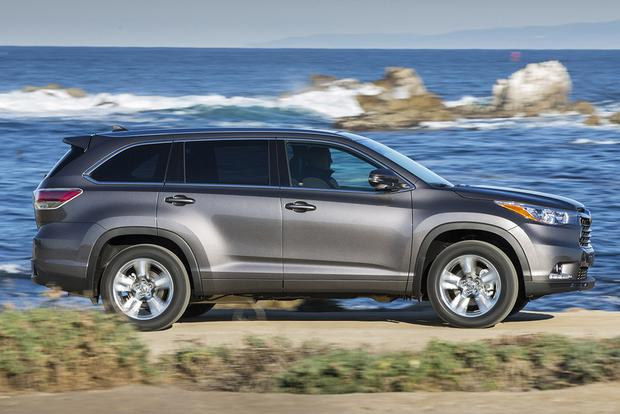 2016 Honda Pilot vs. 2015 Toyota Highlander: Which Is Better? featured image large thumb6