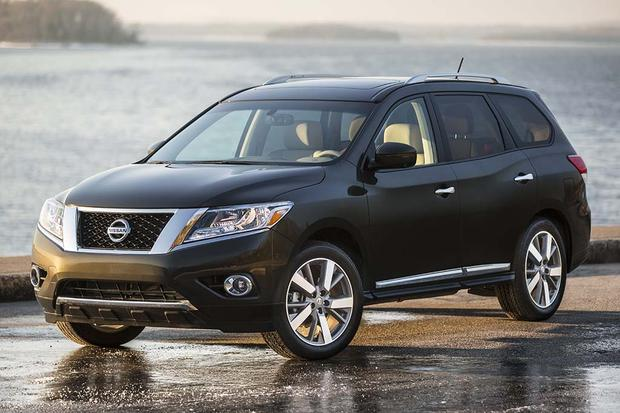 2016 nissan pathfinder new car review autotrader. Black Bedroom Furniture Sets. Home Design Ideas