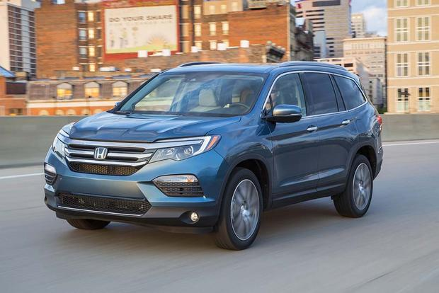 Honda Pilot Vs Subaru Outback >> 2016 Honda Pilot Vs 2016 Subaru Outback Which Is Better