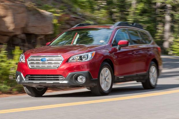2016 Honda Pilot vs. 2016 Subaru Outback: Which Is Better?