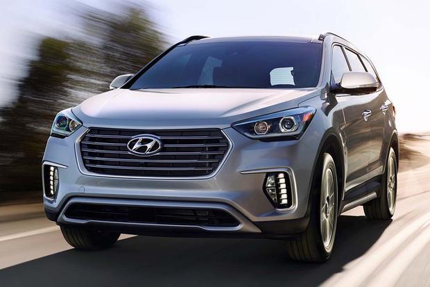 Honda Pilot Vs Hyundai Santa Fe >> 2016 Honda Pilot vs. 2017 Hyundai Santa Fe: Which Is Better? - Autotrader