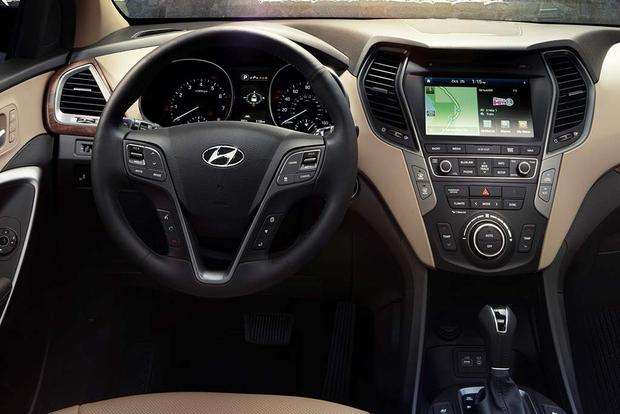 2016 Honda Pilot vs. 2017 Hyundai Santa Fe: Which Is Better? featured image large thumb8
