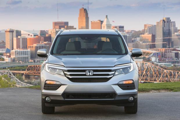 2017 Honda Pilot: New Car Review featured image large thumb2