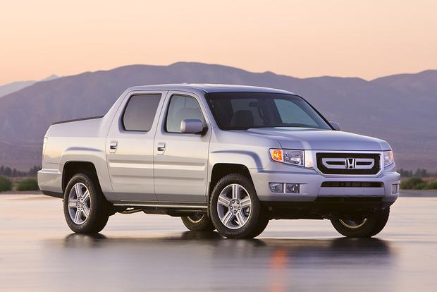 2011 Honda Ridgeline: Used Car Review featured image large thumb0