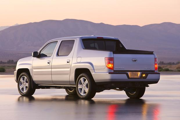 2011 Honda Ridgeline: Used Car Review featured image large thumb2