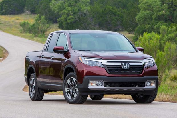 2017 Honda Ridgeline Vs 2017 Chevrolet Colorado Which Is