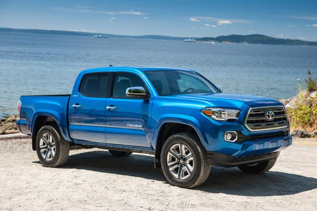 2017 Honda Ridgeline Vs 2017 Toyota Tacoma Which Is
