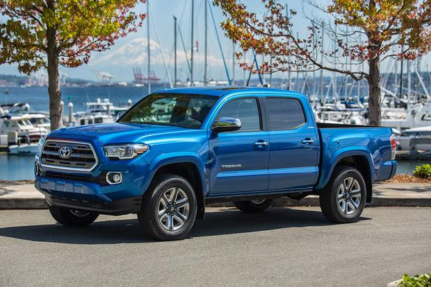 2017 Honda Ridgeline vs. 2017 Toyota Tacoma: Which Is Better? featured ...