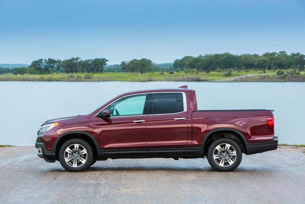 2017 Honda Ridgeline: First Drive Review featured image large thumb2