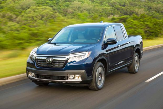 2017 Honda Ridgeline: New Car Review featured image large thumb2