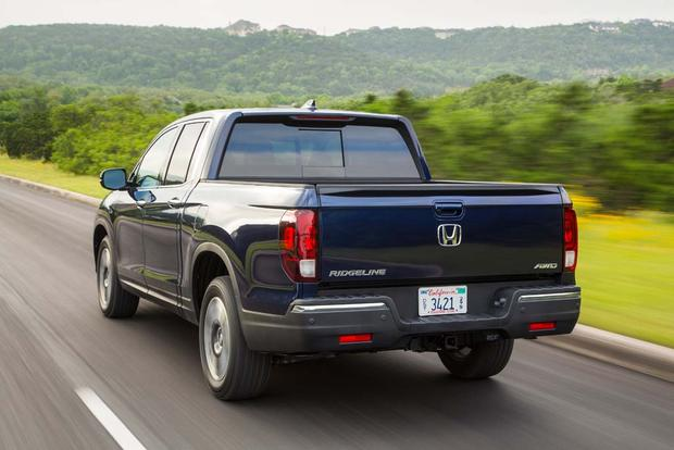 2017 Honda Ridgeline: New Car Review featured image large thumb5