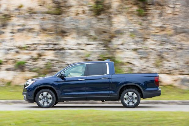 2017 Honda Ridgeline: New Car Review featured image large thumb3