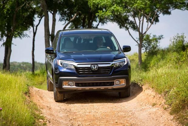 2017 Honda Ridgeline: Real World Review featured image large thumb4