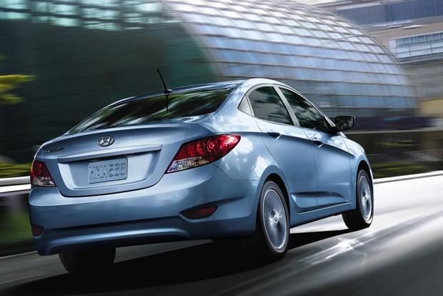 2014 hyundai accent used car review autotrader. Black Bedroom Furniture Sets. Home Design Ideas