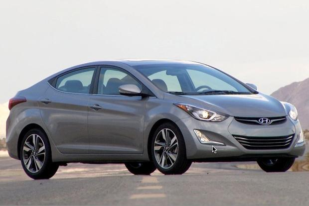 2015 Hyundai Accent vs. 2015 Hyundai Elantra: What's the Difference? featured image large thumb6