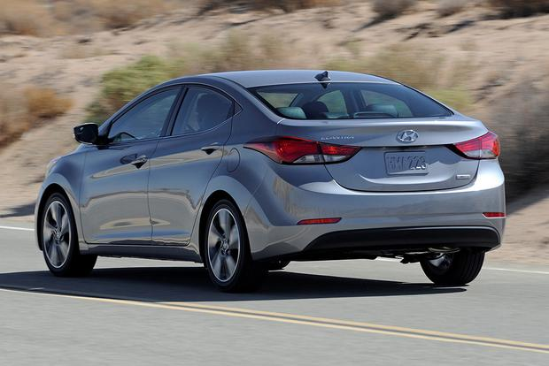 2015 Hyundai Accent vs. 2015 Hyundai Elantra: What's the Difference? featured image large thumb8