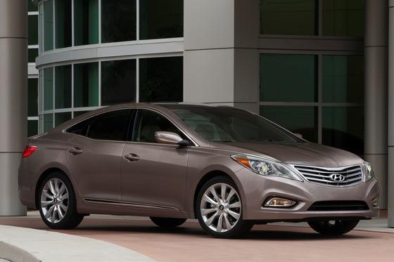 2013 Hyundai Azera: New Car Review featured image large thumb4