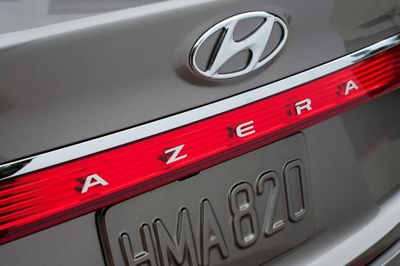 2013 Hyundai Azera: New Car Review featured image large thumb9