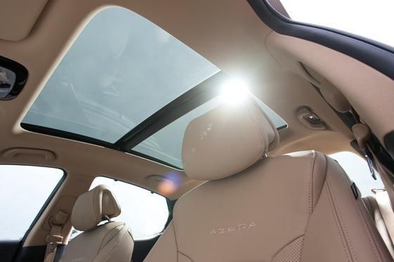2013 Hyundai Azera: New Car Review featured image large thumb16