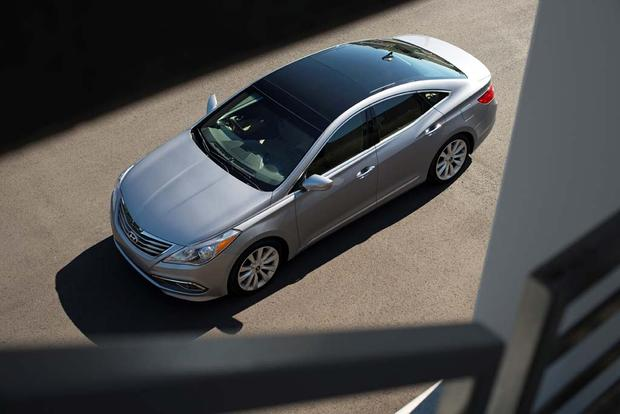 2017 Hyundai Azera: New Car Review featured image large thumb2