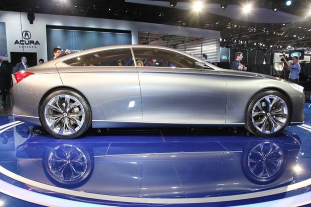 Hyundai HCD-14 Genesis Concept: Detroit Auto Show featured image large thumb4
