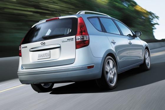2012 Hyundai Elantra Touring - Image Gallery featured image large thumb2