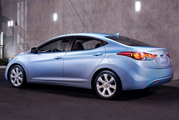 2011 Hyundai Elantra: Used Car Review featured image large thumb3